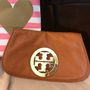 Authentic leather Tory Burch clutch no straps.